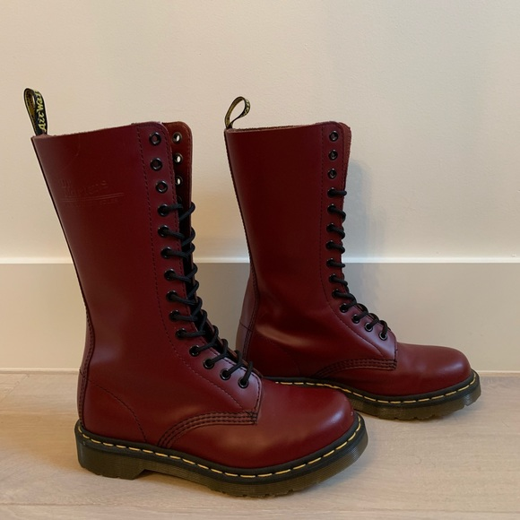 14072a10d Dr. Martens Shoes | Dr Martens 1b99 Cherry Red 14 Eyelet New Sz 7 ...